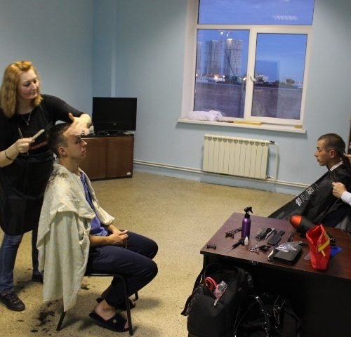 К нам приехали парикмахеры!