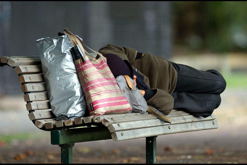 Бездомность – невидимая проблема видимых людей?